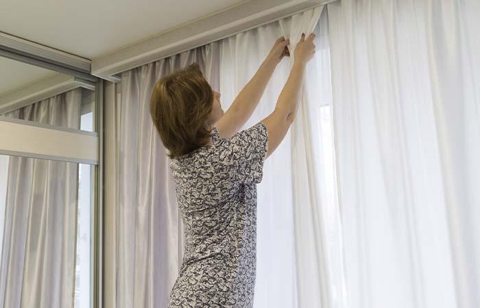 Get Professional Curtains Installation Dubai